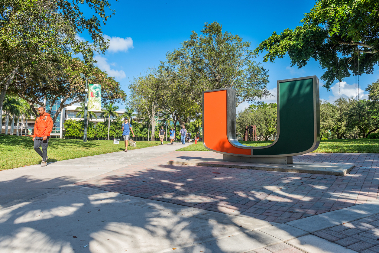 Università di Miami hook up
